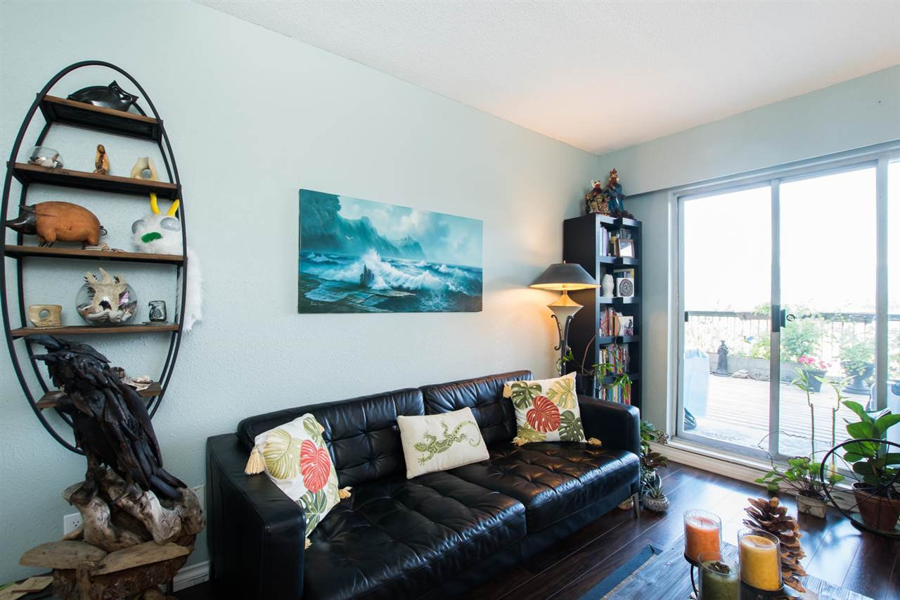 Photo 6: Photos: 718 774 GREAT NORTHERN Way in Vancouver: Mount Pleasant VE Condo for sale (Vancouver East)  : MLS®# R2510301