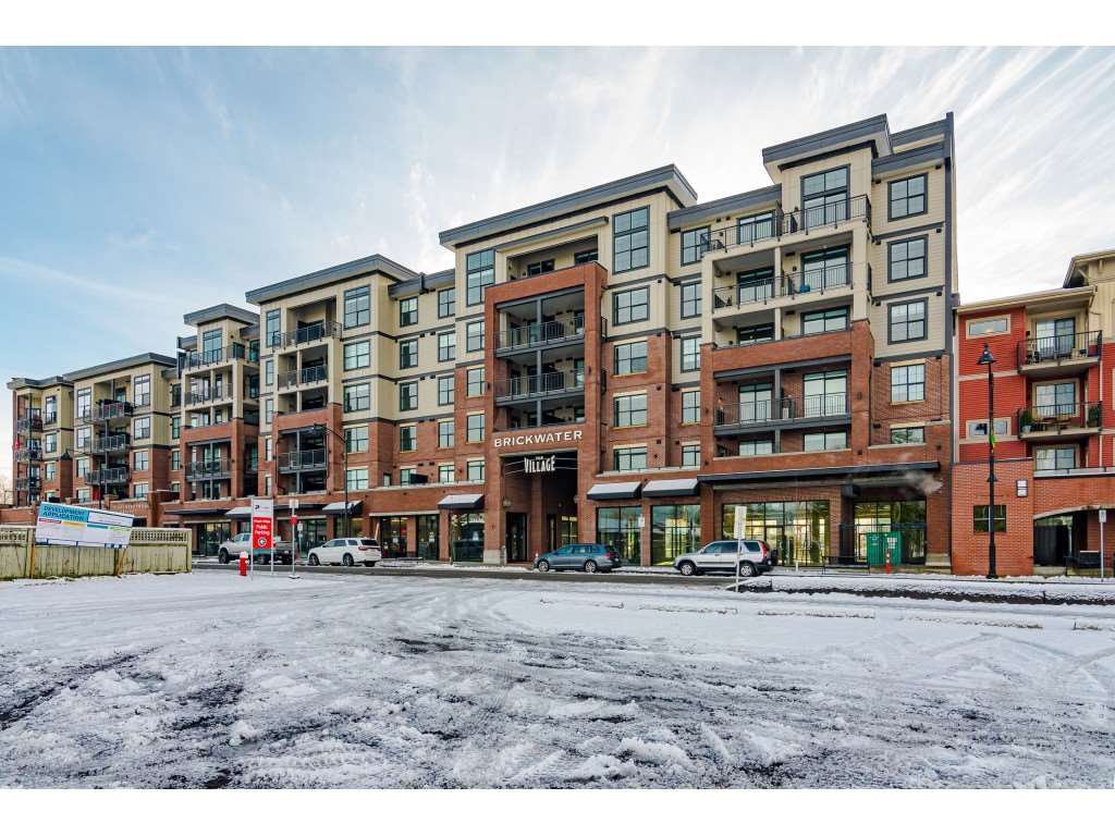 "Main Photo: 511 22638 119 Avenue in Maple Ridge: East Central Condo for sale in ""Brickwater"" : MLS®# R2525132"