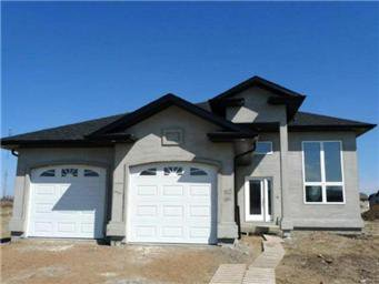 Main Photo: 204 Clubhouse Boulevard: Warman Single Family Dwelling for sale (Saskatoon NW)  : MLS®# 397924