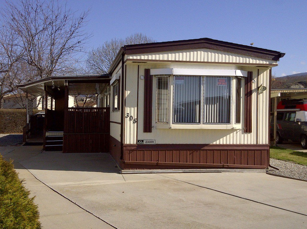 Photo 1: Photos: 305 3105 South Main Street in Penticton: Main South Residential Detached for sale : MLS®# 142205