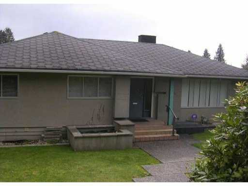 Main Photo: 1410 QUEENS AVE in West Vancouver: Ambleside House for sale