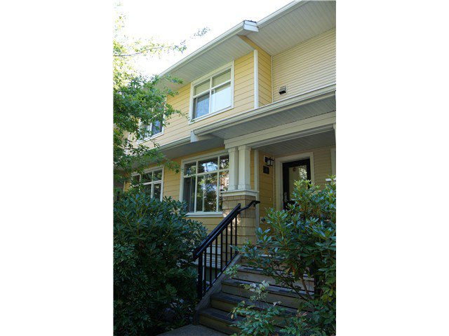 Main Photo: # 8 6878 SOUTHPOINT DR in Burnaby: South Slope Townhouse for sale (Burnaby South)  : MLS®# V1021995