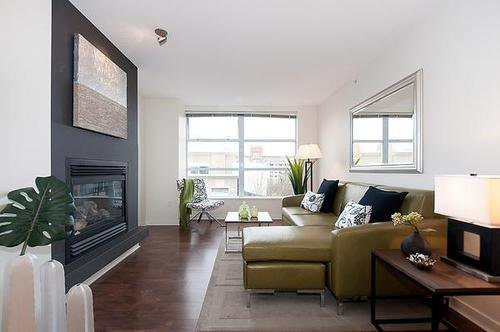 Photo 2: Photos: 322 2768 CRANBERRY Drive in Vancouver West: Kitsilano Home for sale ()  : MLS®# V940896