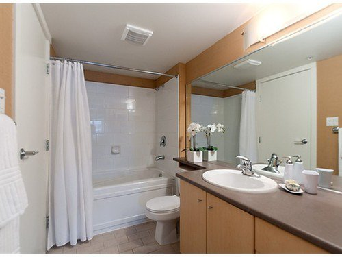 Photo 6: Photos: 322 2768 CRANBERRY Drive in Vancouver West: Kitsilano Home for sale ()  : MLS®# V940896