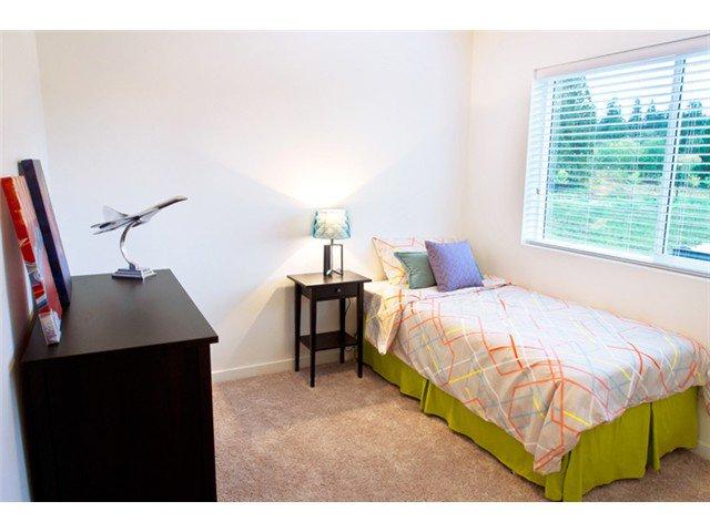 "Photo 9: Photos: 24420 102ND Avenue in Maple Ridge: Albion House for sale in ""JACKSON PARK BY OAKVALE DEV LTD"" : MLS®# V1086941"