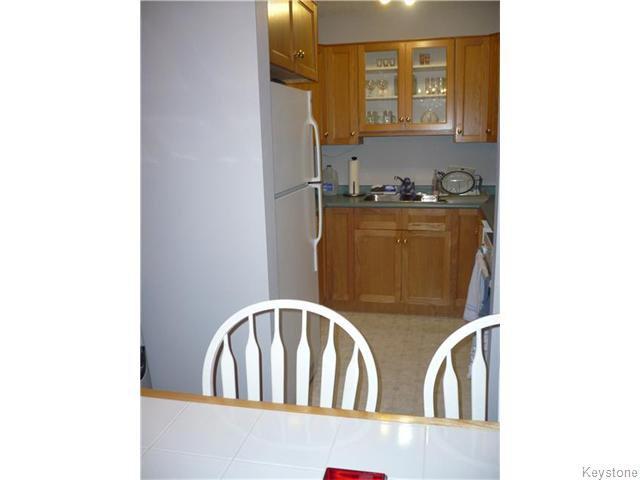 Photo 3: Photos: 340 Carriage Road in Winnipeg: Westwood / Crestview Condominium for sale (West Winnipeg)  : MLS®# 1611867
