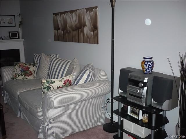 Photo 5: Photos: 340 Carriage Road in Winnipeg: Westwood / Crestview Condominium for sale (West Winnipeg)  : MLS®# 1611867