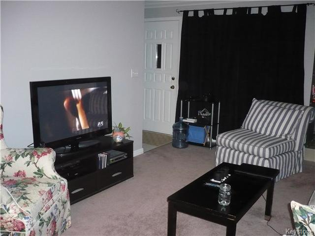 Photo 7: Photos: 340 Carriage Road in Winnipeg: Westwood / Crestview Condominium for sale (West Winnipeg)  : MLS®# 1611867
