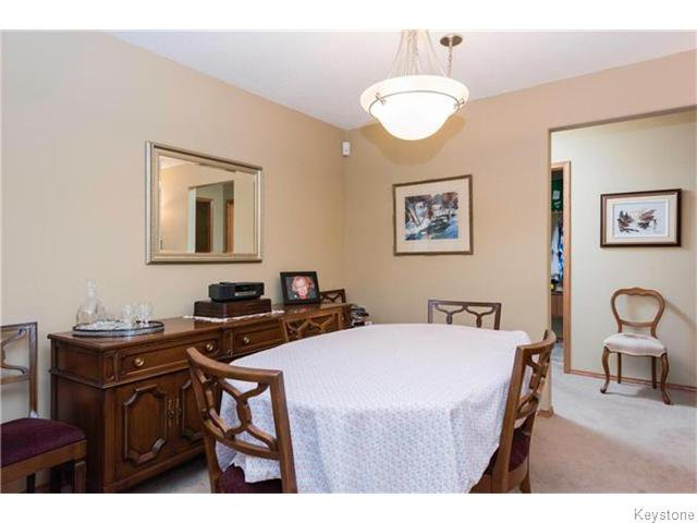 Photo 5: Photos: 93 Swindon Way in Winnipeg: River Heights / Tuxedo / Linden Woods Condominium for sale (South Winnipeg)  : MLS®# 1611920