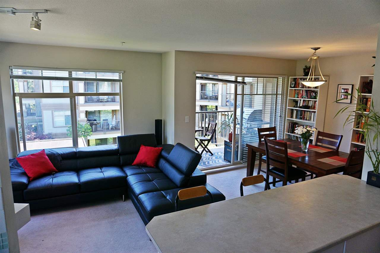"Photo 3: Photos: 303 12238 224 Street in Maple Ridge: East Central Condo for sale in ""URBANO"" : MLS®# R2077753"