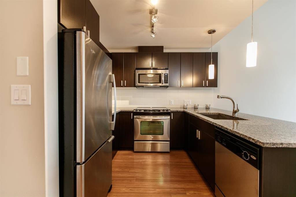 Main Photo: 418 7511 120 Street in Delta: Scottsdale Condo for sale (N. Delta)  : MLS®# R2091636