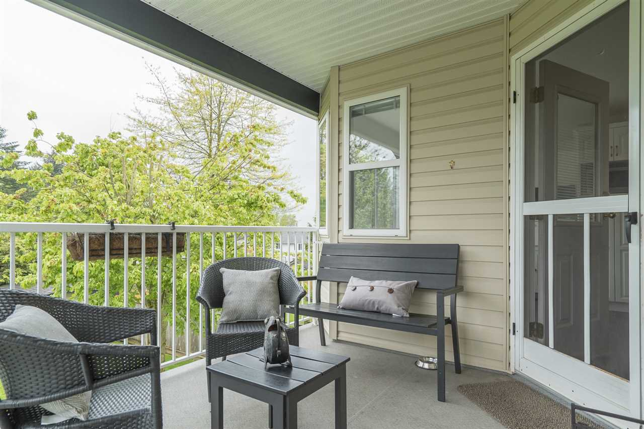 """Photo 11: Photos: 26942 24A Avenue in Langley: Aldergrove Langley House for sale in """"South Aldergrove"""" : MLS®# R2165320"""