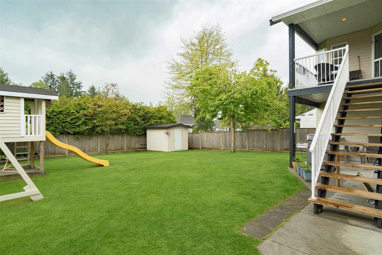 """Photo 4: Photos: 26942 24A Avenue in Langley: Aldergrove Langley House for sale in """"South Aldergrove"""" : MLS®# R2165320"""