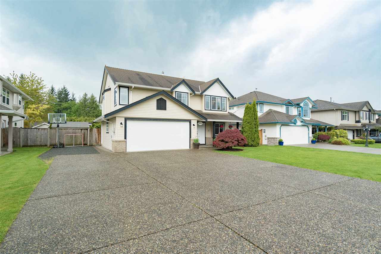 """Photo 2: Photos: 26942 24A Avenue in Langley: Aldergrove Langley House for sale in """"South Aldergrove"""" : MLS®# R2165320"""