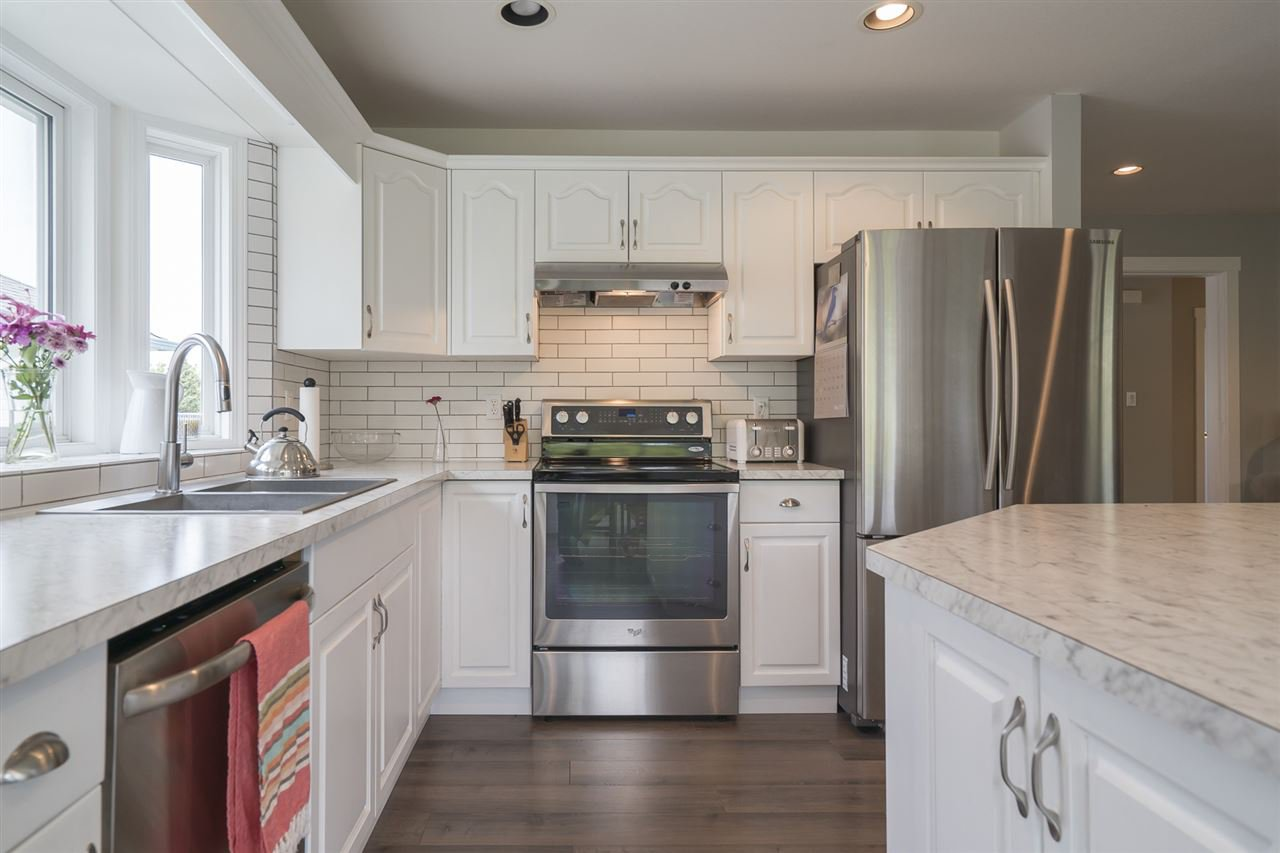 """Photo 9: Photos: 26942 24A Avenue in Langley: Aldergrove Langley House for sale in """"South Aldergrove"""" : MLS®# R2165320"""