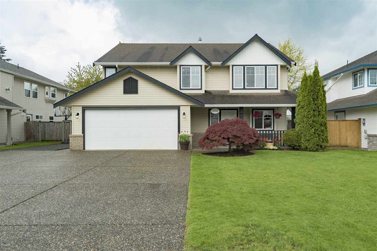 "Main Photo: 26942 24A Avenue in Langley: Aldergrove Langley House for sale in ""South Aldergrove"" : MLS®# R2165320"