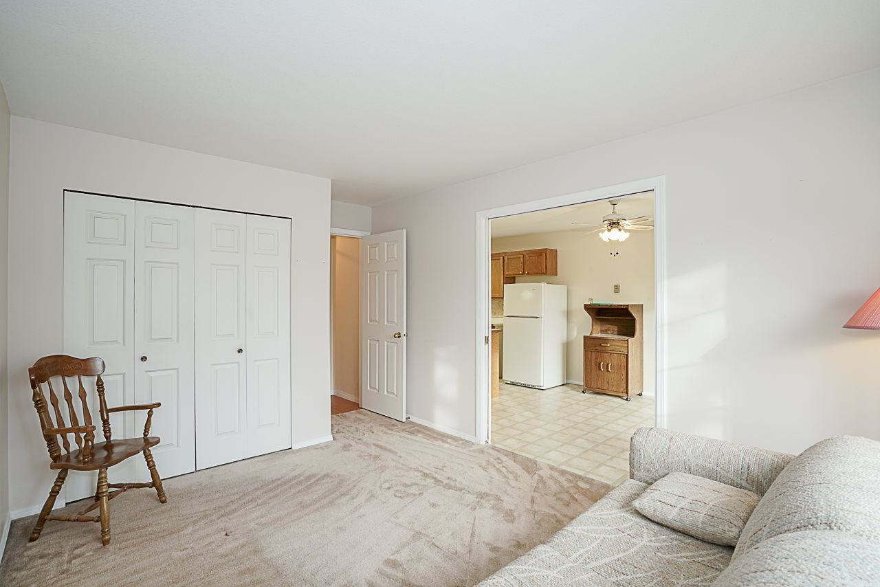 "Photo 16: Photos: 107 5641 201 Street in Langley: Langley City Townhouse for sale in ""Huntington"" : MLS®# R2222255"