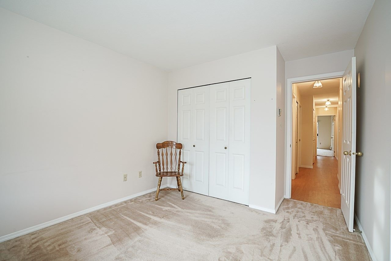 "Photo 17: Photos: 107 5641 201 Street in Langley: Langley City Townhouse for sale in ""Huntington"" : MLS®# R2222255"