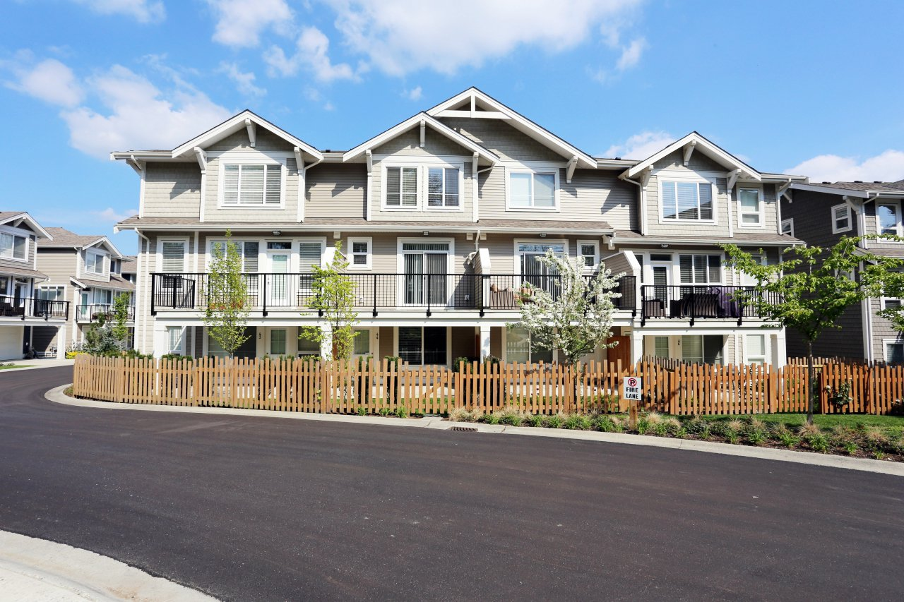 """Photo 28: Photos: 44 7059 210 Street in Langley: Willoughby Heights Townhouse for sale in """"Alder"""" : MLS®# R2263241"""