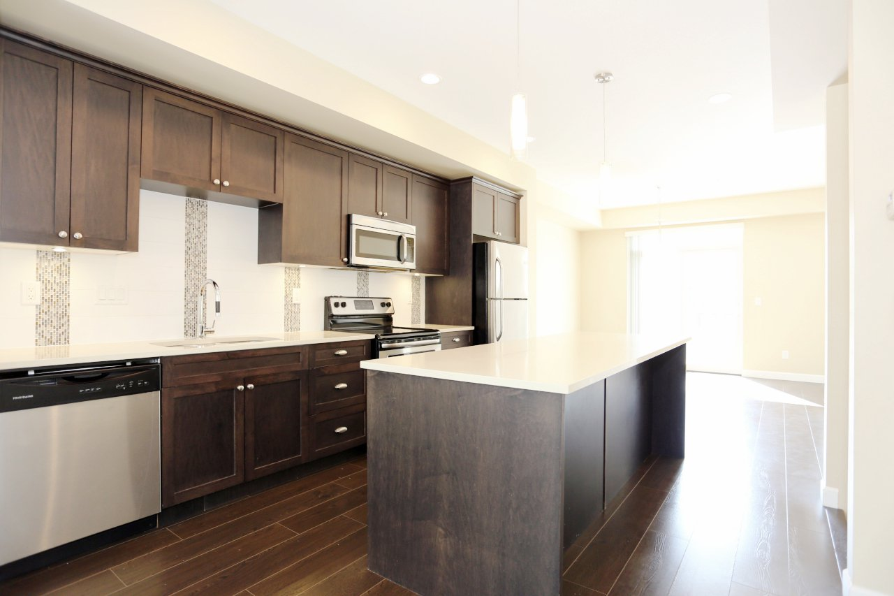"""Photo 8: Photos: 44 7059 210 Street in Langley: Willoughby Heights Townhouse for sale in """"Alder"""" : MLS®# R2263241"""