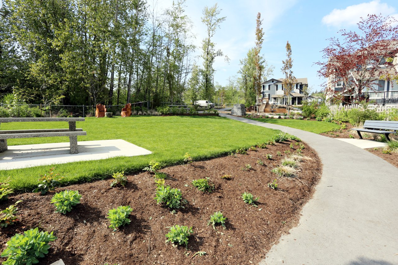 """Photo 30: Photos: 44 7059 210 Street in Langley: Willoughby Heights Townhouse for sale in """"Alder"""" : MLS®# R2263241"""