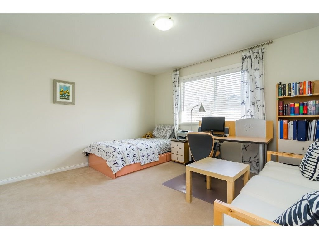 """Photo 14: Photos: 7370 201 Street in Langley: Willoughby Heights House for sale in """"JERICHO RIDGE"""" : MLS®# R2271038"""