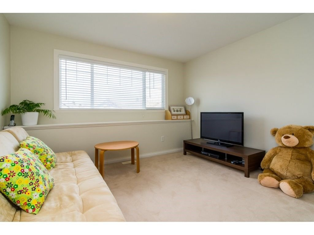 """Photo 17: Photos: 7370 201 Street in Langley: Willoughby Heights House for sale in """"JERICHO RIDGE"""" : MLS®# R2271038"""