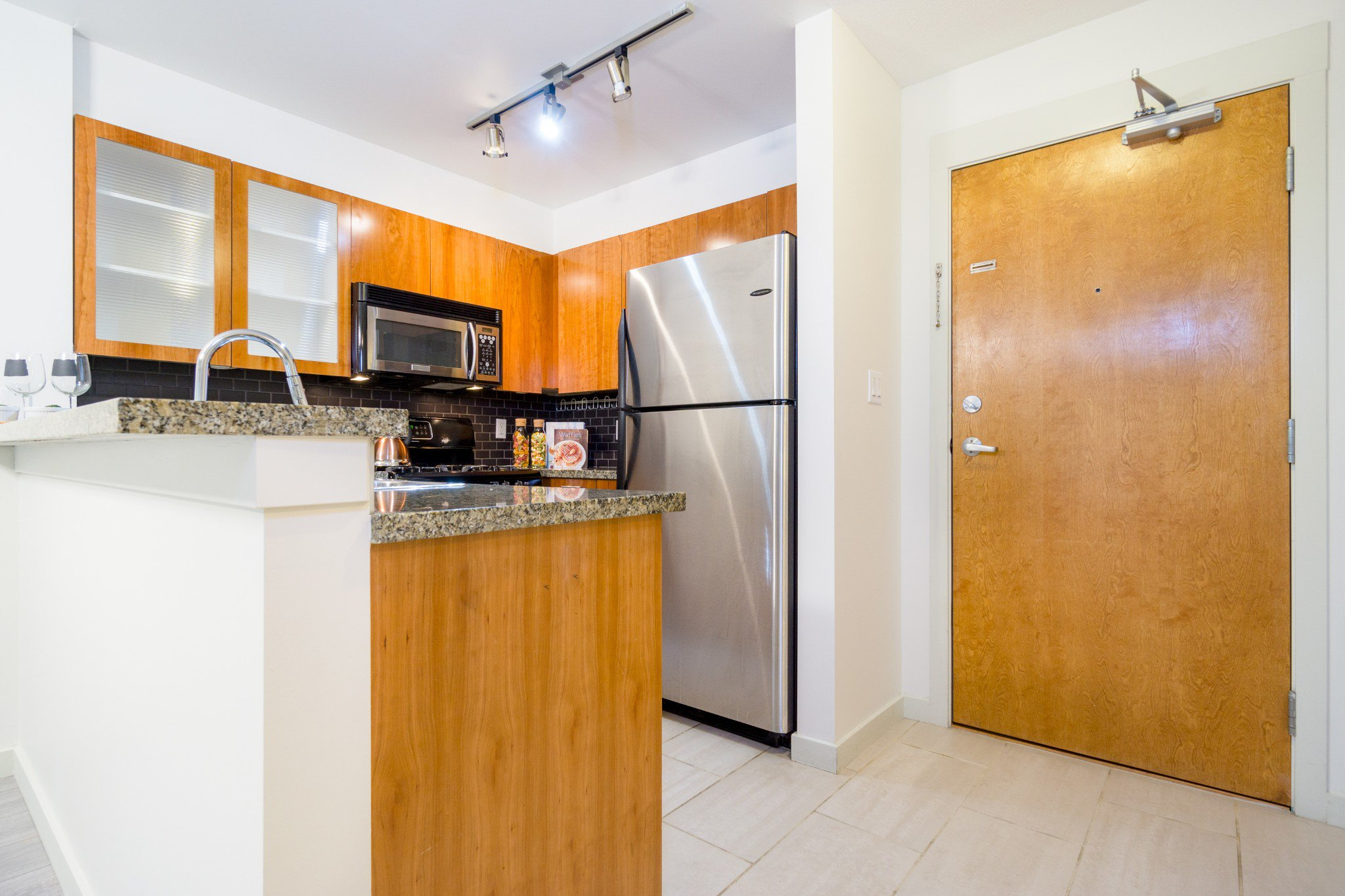 "Photo 14: Photos: 105 8120 JONES Road in Richmond: Brighouse South Condo for sale in ""VICTORIA PARK (ZENIA GARDEN)"" : MLS®# R2283281"