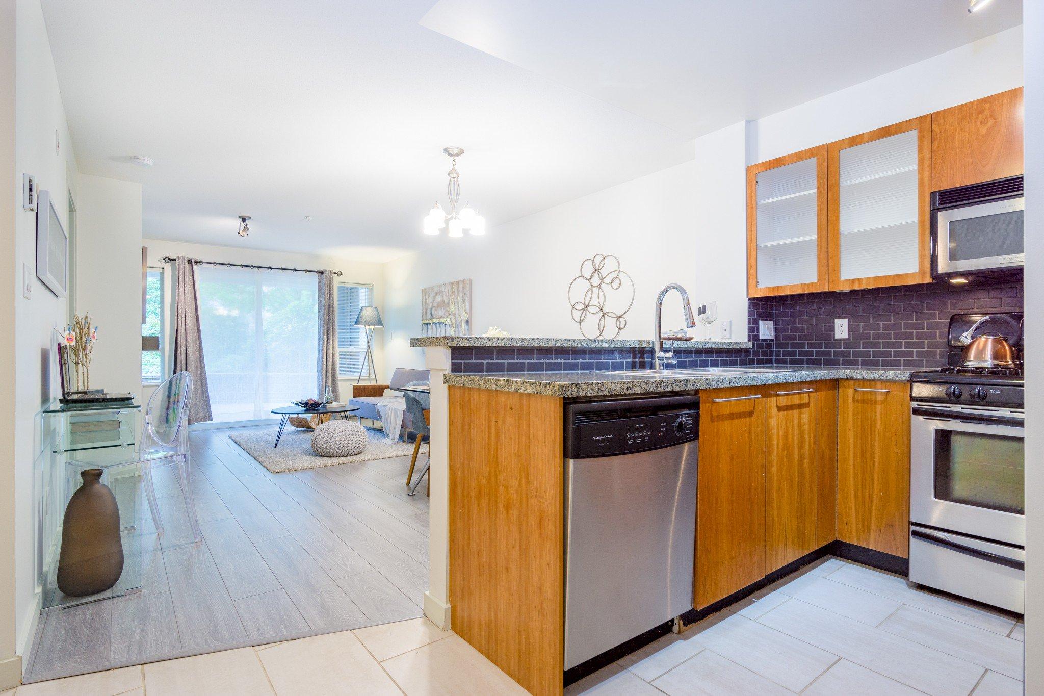 "Photo 15: Photos: 105 8120 JONES Road in Richmond: Brighouse South Condo for sale in ""VICTORIA PARK (ZENIA GARDEN)"" : MLS®# R2283281"