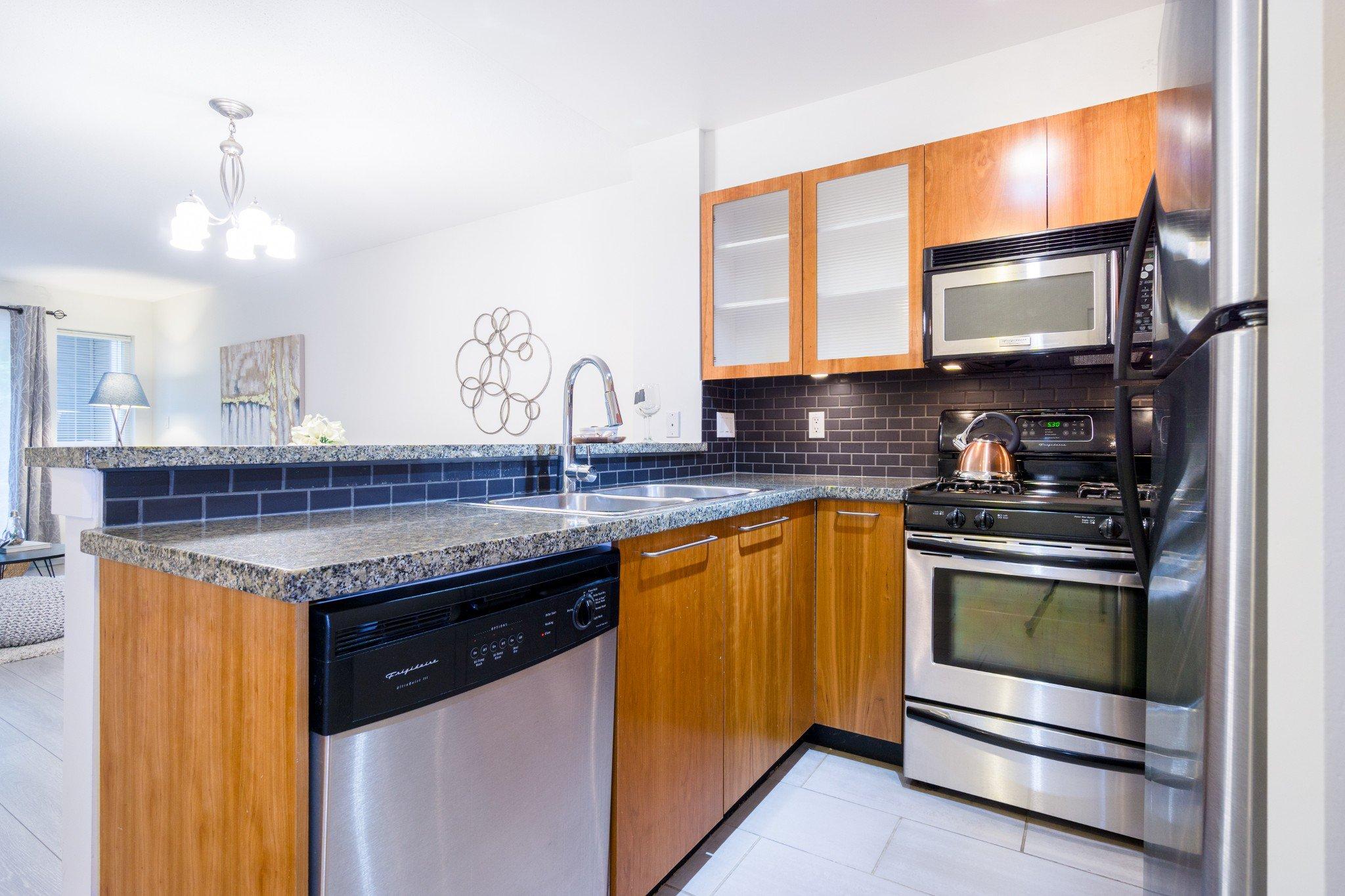 "Photo 19: Photos: 105 8120 JONES Road in Richmond: Brighouse South Condo for sale in ""VICTORIA PARK (ZENIA GARDEN)"" : MLS®# R2283281"