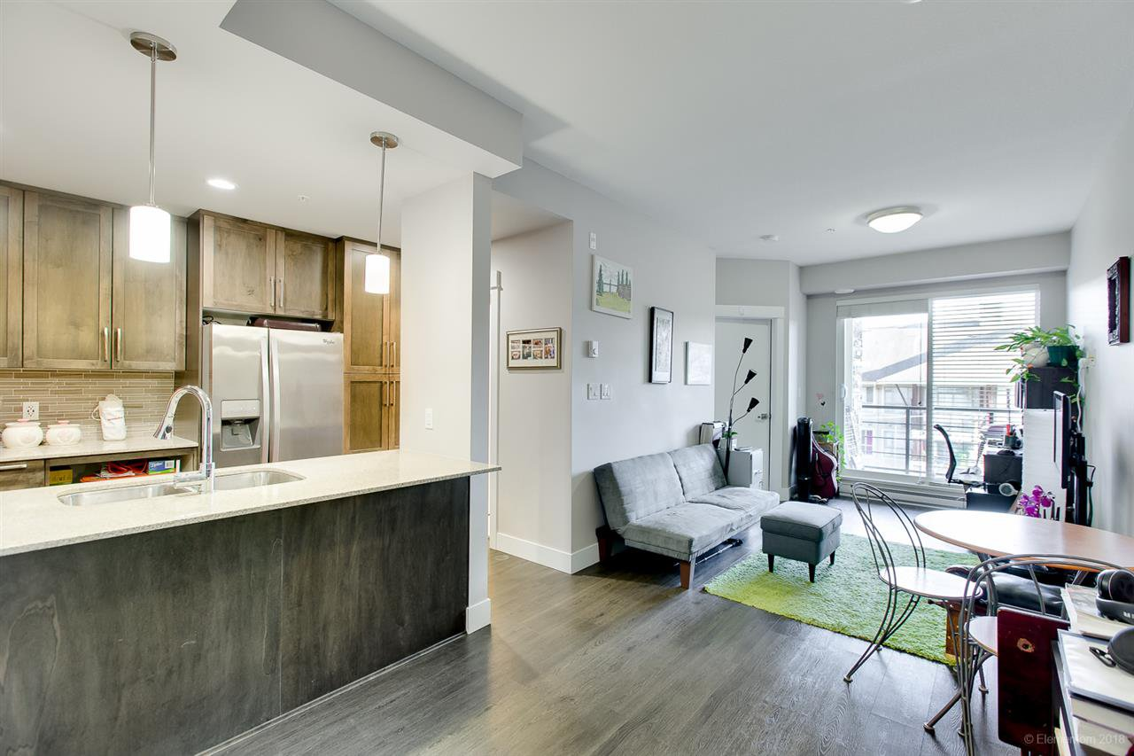 """Main Photo: 407 2495 WILSON Avenue in Port Coquitlam: Central Pt Coquitlam Condo for sale in """"ORCHID"""" : MLS®# R2297072"""