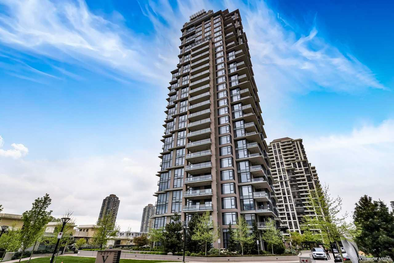 "Main Photo: 2803 2077 ROSSER Avenue in Burnaby: Brentwood Park Condo for sale in ""VANTAGE"" (Burnaby North)  : MLS®# R2334484"
