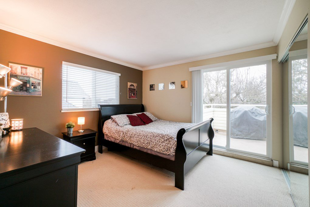 "Photo 16: Photos: 22 5661 LADNER TRUNK Road in Ladner: Hawthorne Condo for sale in ""Oak Glen Terrace"" : MLS®# R2341321"