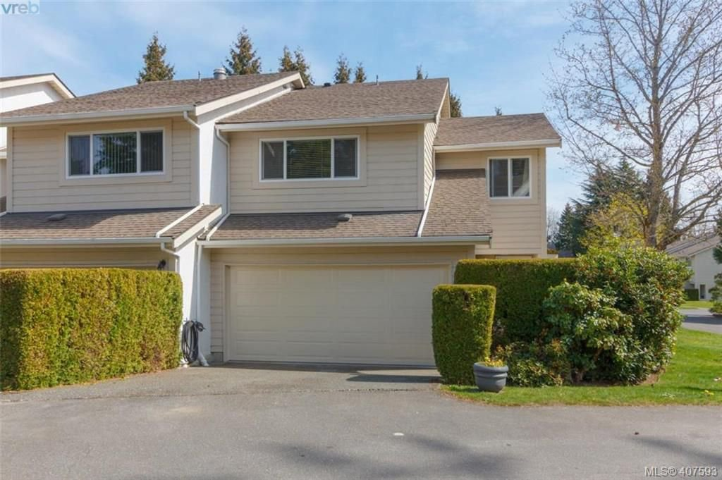 Main Photo: 34 1287 Verdier Avenue in BRENTWOOD BAY: CS Brentwood Bay Row/Townhouse for sale (Central Saanich)  : MLS®# 407593