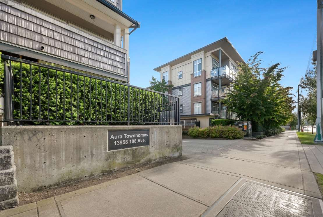 "Main Photo: 137 13958 108 Avenue in Surrey: Whalley Townhouse for sale in ""AURA TOWNHOMES"" (North Surrey)  : MLS®# R2379555"