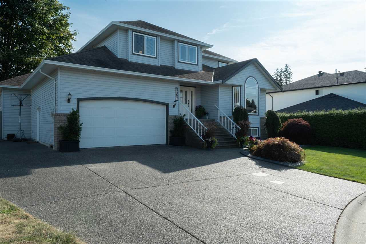 Main Photo: 19350 118B Avenue in Pitt Meadows: Central Meadows House for sale : MLS®# R2403433