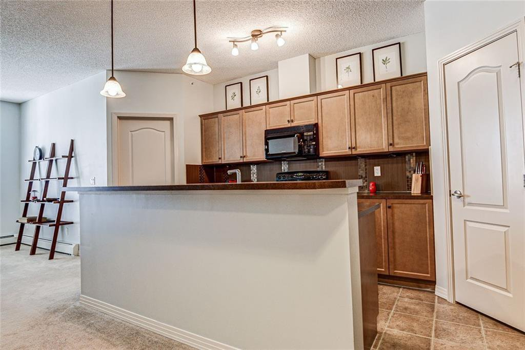 Photo 8: Photos: 430 1 Crystal Green Lane: Okotoks Apartment for sale : MLS®# C4271278