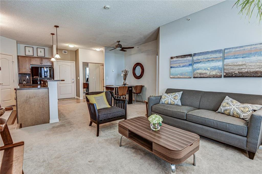 Photo 5: Photos: 430 1 Crystal Green Lane: Okotoks Apartment for sale : MLS®# C4271278