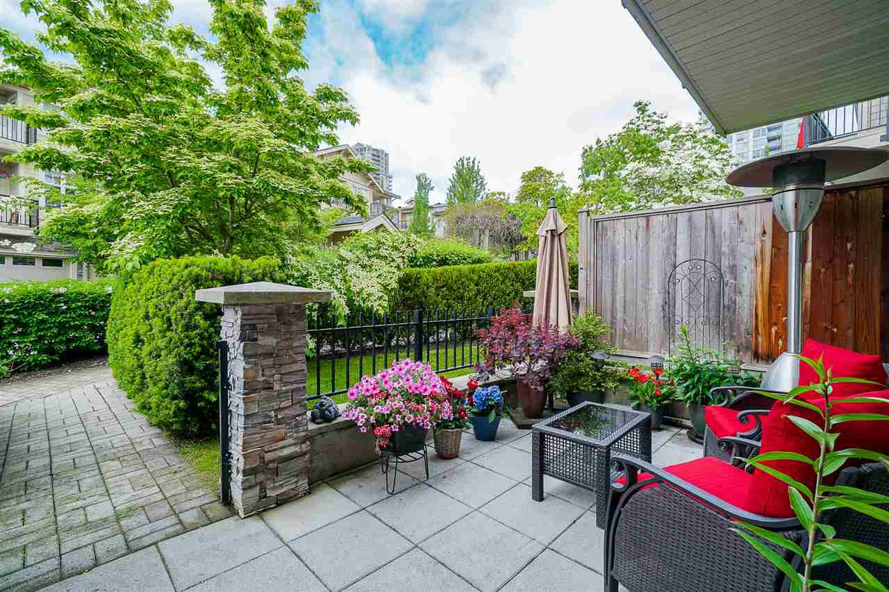 "Main Photo: 38 245 FRANCIS Way in New Westminster: Fraserview NW Townhouse for sale in ""Glenbrooke"" : MLS®# R2459370"