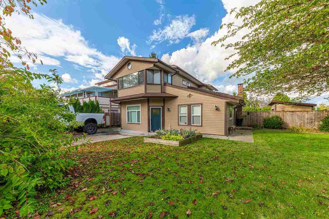 "Main Photo: 20899 ALPINE Crescent in Maple Ridge: Northwest Maple Ridge House for sale in ""Chilcotin"" : MLS®# R2507972"