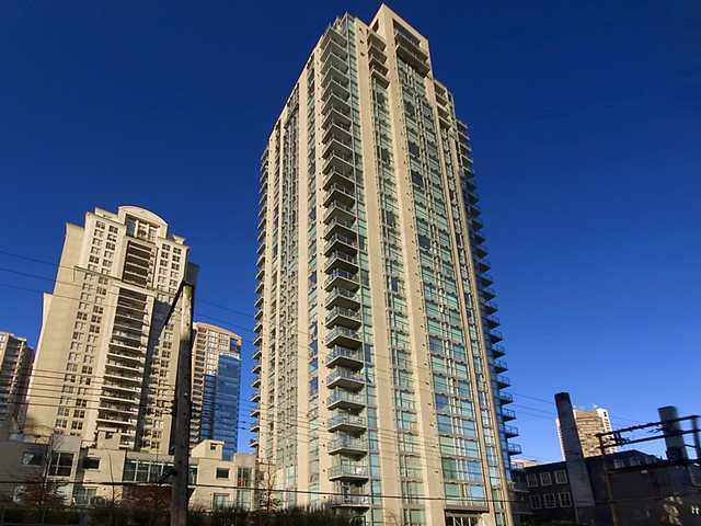 "Main Photo: 103 928 RICHARDS Street in Vancouver: Downtown VW Condo for sale in ""THE SAVOY"" (Vancouver West)  : MLS®# V885332"