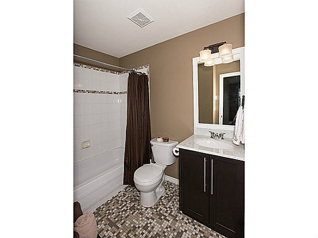 """Photo 13: Photos: 47 15037 58TH Avenue in Surrey: Sullivan Station Townhouse for sale in """"WOODBRIDGE"""" : MLS®# F1433683"""