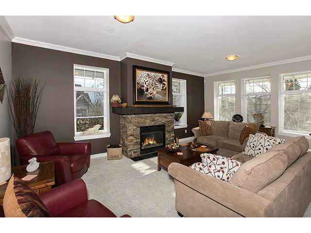 """Photo 5: Photos: 47 15037 58TH Avenue in Surrey: Sullivan Station Townhouse for sale in """"WOODBRIDGE"""" : MLS®# F1433683"""