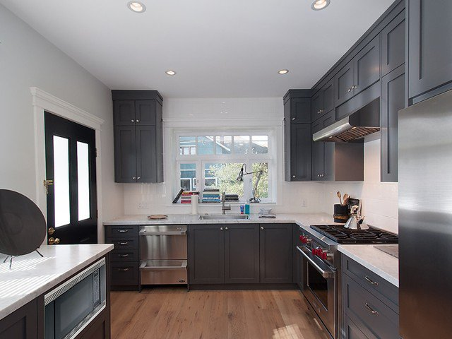 Photo 8: Photos: 1833 - 1835 COLLINGWOOD Street in Vancouver: Kitsilano House for sale (Vancouver West)  : MLS®# V1119814
