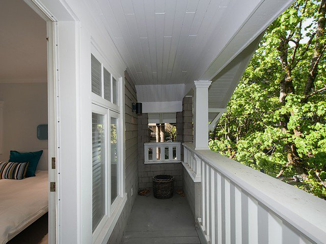 Photo 14: Photos: 1833 - 1835 COLLINGWOOD Street in Vancouver: Kitsilano House for sale (Vancouver West)  : MLS®# V1119814