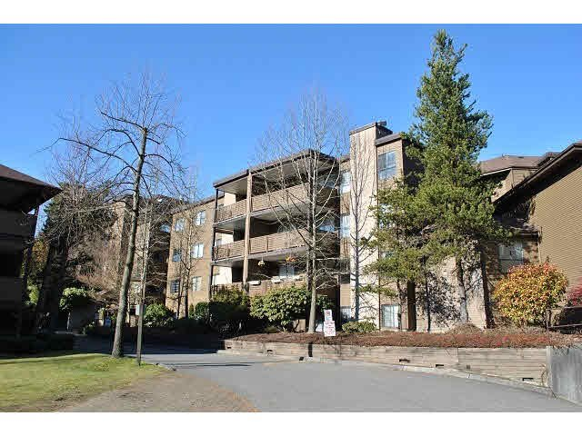"Main Photo: 206 10698 151A Street in Surrey: Guildford Condo for sale in ""Lincoln's Hill"" (North Surrey)  : MLS®# F1441862"