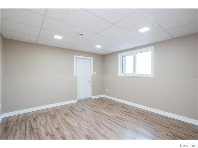 Photo 17: Photos: 217 OAK PARK Drive in KLEEFELD: Manitoba Other Residential for sale : MLS®# 1524445