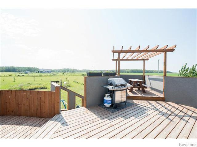Photo 19: Photos: 217 OAK PARK Drive in KLEEFELD: Manitoba Other Residential for sale : MLS®# 1524445