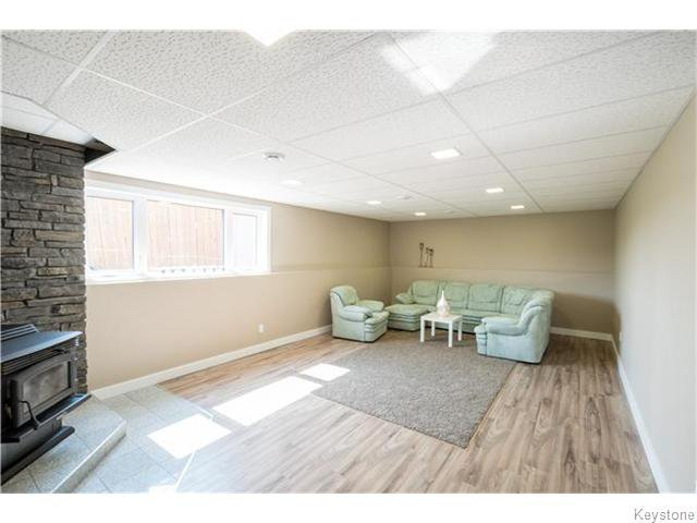 Photo 14: Photos: 217 OAK PARK Drive in KLEEFELD: Manitoba Other Residential for sale : MLS®# 1524445