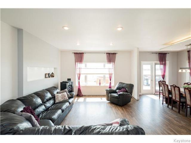 Photo 7: Photos: 217 OAK PARK Drive in KLEEFELD: Manitoba Other Residential for sale : MLS®# 1524445